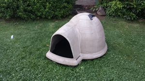 Igloo dog house for Sale in Portland, OR