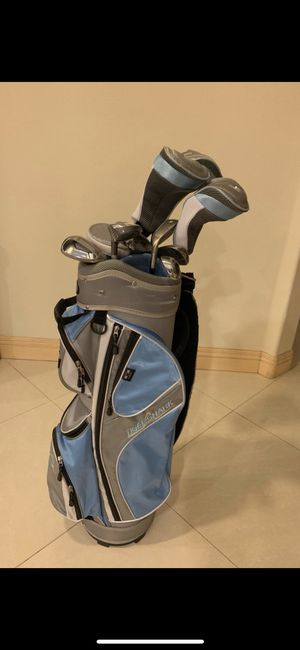 woman golf set Tiger Shark Lady Shark Full Set in Petite Length : Right, (11 Clubs + 1 Cart Bag) for Sale in Garden Grove, CA
