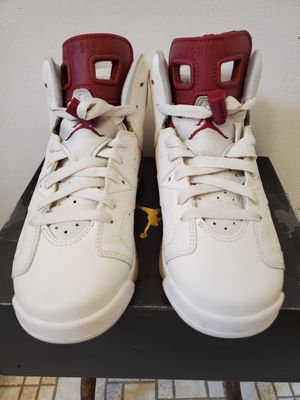 Jordan 6 maroon size 5 for Sale in Bridgeport, CT