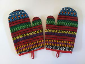 Decorative Oven Mitts - New. for Sale in Saint Michael, PA