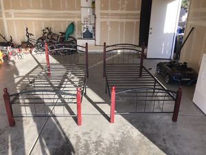 Twin Size Beds (2) for Sale in Fresno, CA
