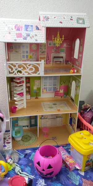 Doll house for Sale in Westborough, MA