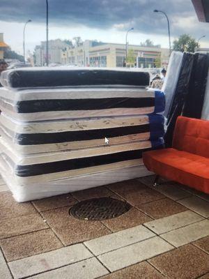 matttess colchon on sale for Sale in Washington, DC