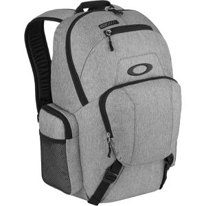 New Oakley Blade Wet/Dry Backpack, Heather Gray for Sale in Lake Forest, CA