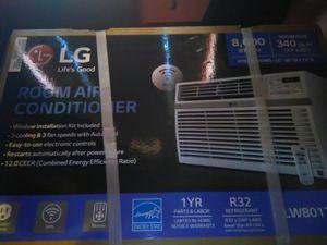 Lg wall air conditioner, 8,000BTU, 115volt. In for Sale in Modesto, CA