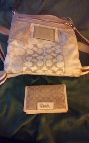 2 coach purses and coach wallet for Sale in Beech Grove, IN