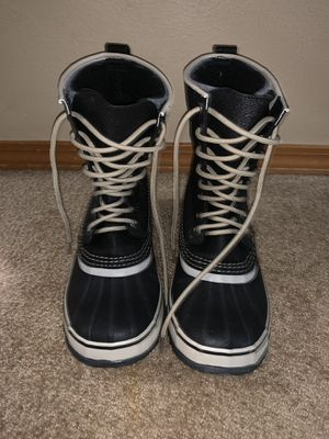 Womens Sorel Snow Boots - size 9.5 like new for Sale in Maple Valley, WA