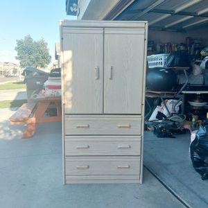 Wardrobe Closet Organizer Clothes Cabinet Clothes Storage for Sale in Corona, CA