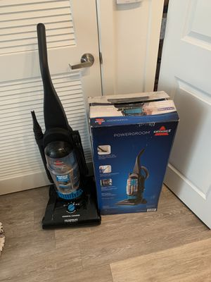 Vacuum - Bissell for Sale in Los Angeles, CA