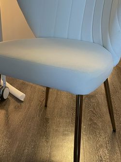 White Accent Chair for Sale in Potomac,  MD