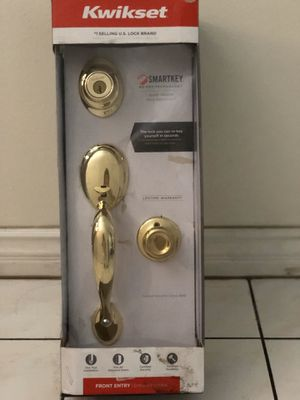 Kwikset polished brass handleset with Juno Entry Knob for Sale in Westminster, CA