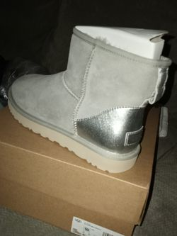 Women's Uggs for Sale in Lithonia,  GA