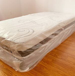 NEW TWIN MATTRESS AND BOX SPRING 2PC. for Sale in West Palm Beach, FL