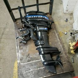 Mercury 200 Outboard 20 hp Boat Motor for Sale in Arlington,  VA