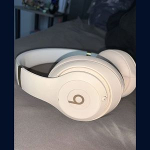 Beats Studio 3 Wireless Headphones for Sale in Surprise, AZ