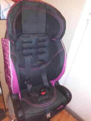 Evenflo Chase Select Harnessed Booster Car Seat. New for Sale in Dallas, TX