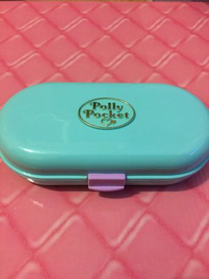 Vintage collectible toy polly pocket compact playset 1992 babysitting playground for Sale in Walkersville, MD
