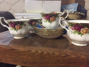 Antique Royal Albert Bone China Tea Cups and Saucers for Sale in Los Angeles, CA