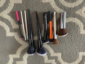 Makeup brush bundle for Sale in Chino Hills, CA
