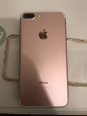 IPHONE 7 PLUS, Rose gold, 32 GB. for Sale in Los Angeles, CA