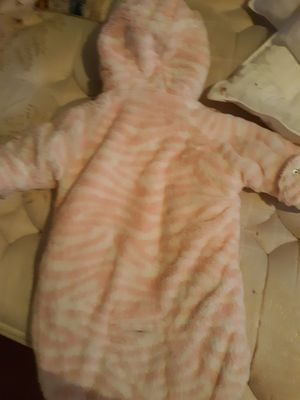 Baby girl snow suit 0-6 months for Sale in Stockport, IA