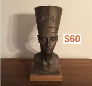 QUEEN NEFERTITI Bust by Austin Productions Statue Figure Head Egypt Queen Pharaoh 1976 for Sale in Arlington Heights, IL