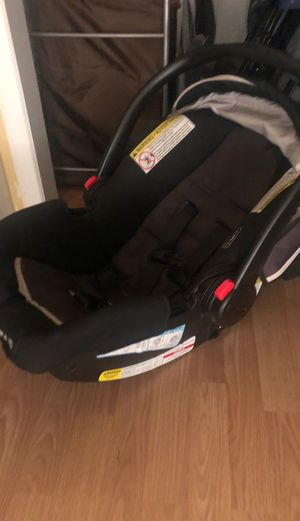 Graco baby car seat and base for Sale in Fontana, CA