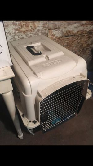 Petmate crate for cats or dogs for Sale in Boston, MA