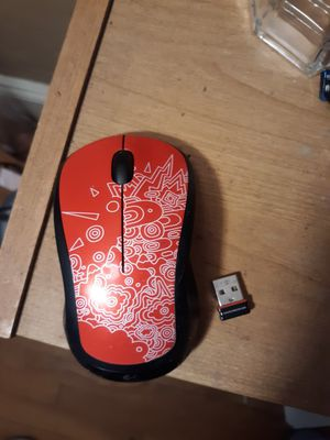 Logitech m310 wireless mouse with optical sensor and USB chip new for Sale in Southbridge, MA