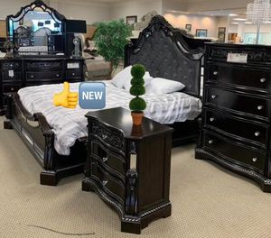 Free chest. Bankston Dark Brown Panel Bedroom Set. 5pc queen for Sale in Houston, TX