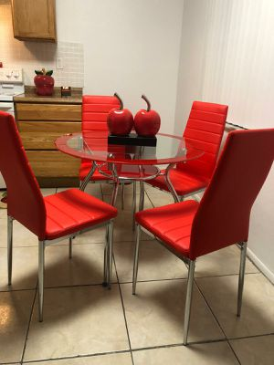 Dining 4 chair.NEW for Sale in Miami, FL