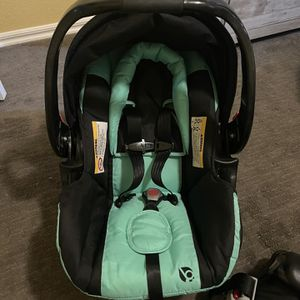 Babytrend Car seat for Sale in Norman, OK