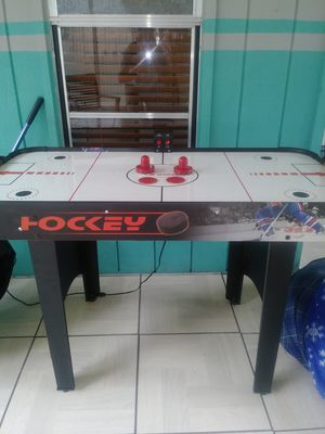 Air Hockey Table for Sale in North Fort Myers, FL
