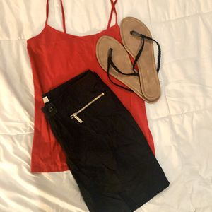 MICHAEL KORS BLACK ZIPPERED DRESS SHORTS for Sale in Lake Forest, CA