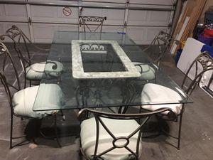 Kitchen glass table for Sale in Phoenix, AZ