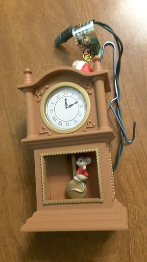 KEEPSAKE COLLECTIBLE....VERY MERRY MINUTES...1994 for Sale in Tacoma, WA