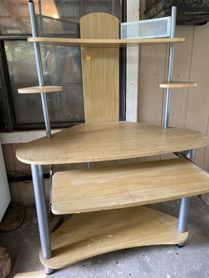 Computer desk for Sale in Mineola, TX