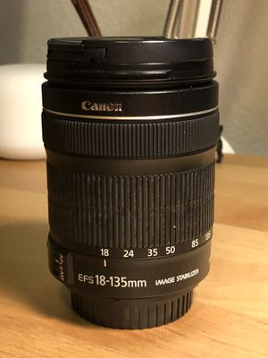Canon 18-135mm f3.5-5.6 IS for Sale in Anaheim, CA