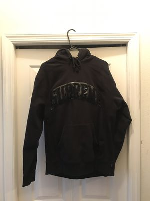 Supreme hoodie for Sale in Valrico, FL