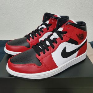 Jordan 1 Mid 'Chicago' 554724-069 Multiple Sizes for Sale in San Diego, CA