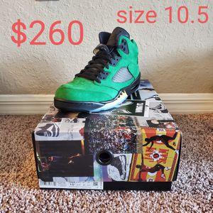 Jordan Retro 5 SE Oregon (Green Apple) for Sale in Orlando, FL