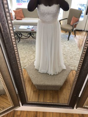 Casablanca Bridal Wedding Dress for Sale in Saint Paul, MN