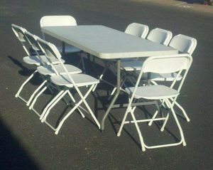 For Sale Tables N Chairs ( PICK UP ONLY) for Sale in Los Angeles, CA