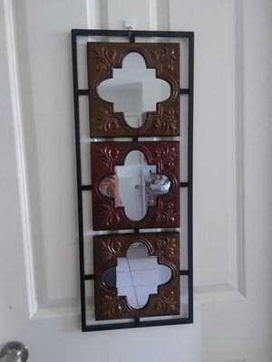 mirror is metal that passes around for Sale in Fort Myers, FL