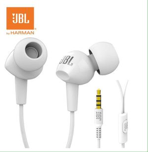 JBL 3.5 wired stereo earphones Deep Bass Music Bass Earbuds Sport White Audífonos con cable Blancos con Bajo Deportes C100SI for Sale in Miami, FL