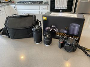 Nikon D5600 DSLR Camera - Never been used! for Sale in Naperville, IL