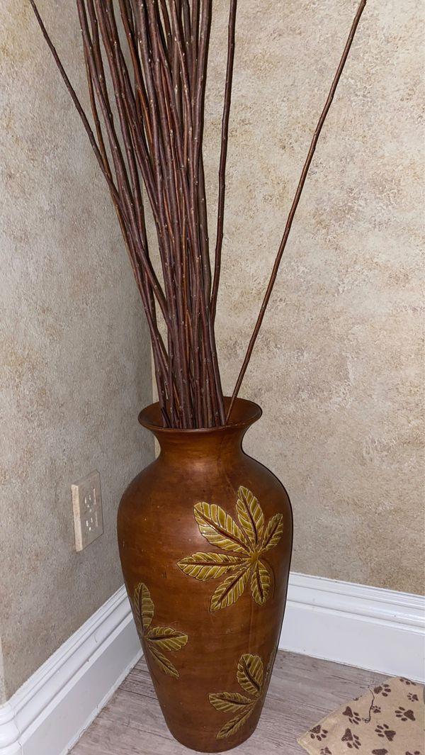 Vase + Fake plant