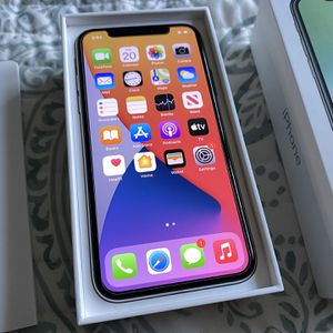 iPhone X 64gb Unlocked for Sale in Garnet Valley, PA