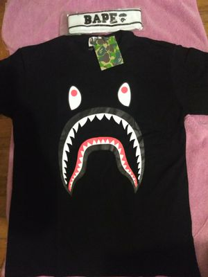 252fd5966 Brand new bathing ape shirt for Sale in Baltimore, MD - OfferUp