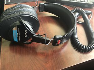 Sony Studio Headphones for Sale in Tarpon Springs, FL